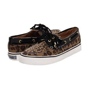 Leopard sperry topsider loafers Sz 9
